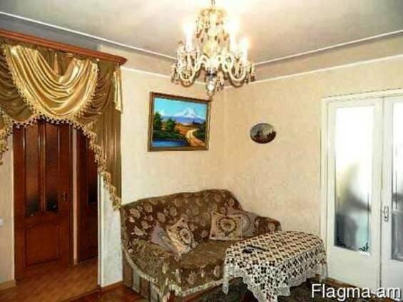Продается 2-х комнатная квартира с гаражом