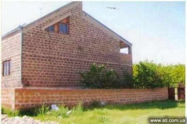 2-х этажное домовладение в с. Агарак