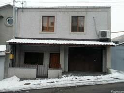 Посуточно - 2 этажный особняк Ул Папазяна
