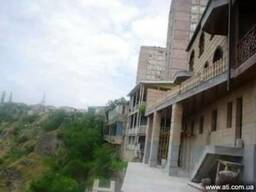 Сдается в аренду 3-х этажное домовладение в районе Арабкир