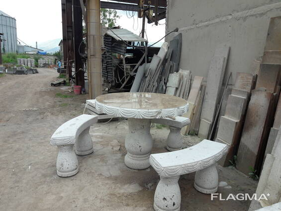 Стол из натурального камня/Natural stone table